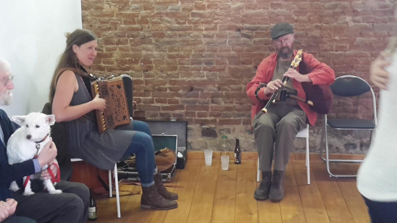 Musique folk live Fête de la Transition